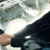 NON-STOP review by Gary Murray – Liam Neeson tries to stop a murderer at 40,000 feet