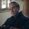 PHANTOM THREAD trailer & poster – Paul Thomas Anderson reunites with Daniel Day-Lewis